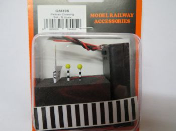 N Scale Belisha Beacons